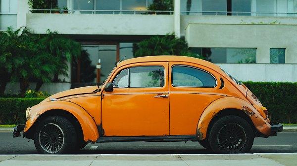 オレンジ車