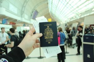 カナダパスポート